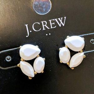 🆕NWT J. Crew White Cluster Studs
